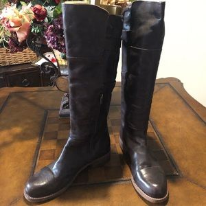 Belle Sigerson boots in Brown